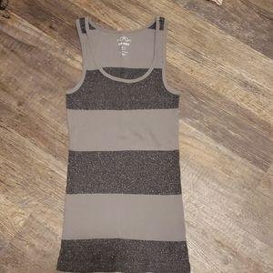 Grey tank top